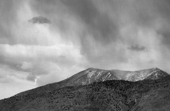 bw-stormy-mountain1